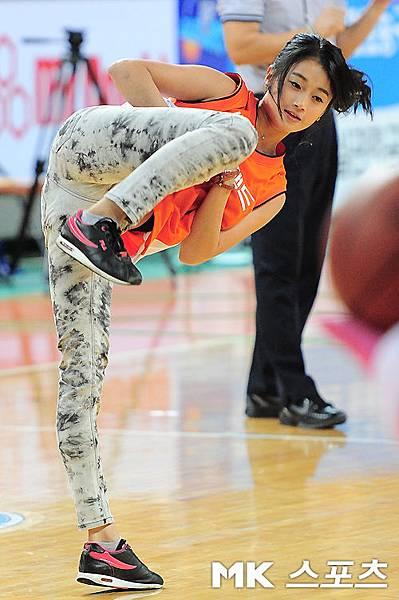 Taemi超級空翻開球 33.jpg