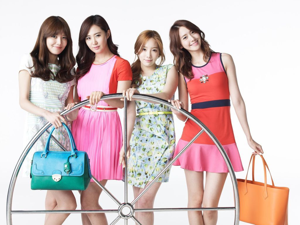 130907+snsd+for+lotte+department+store+promotion+pictures006.jpg