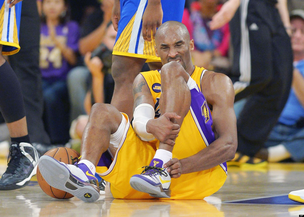 o-KOBE-BRYANT-INJURY-facebook.jpg
