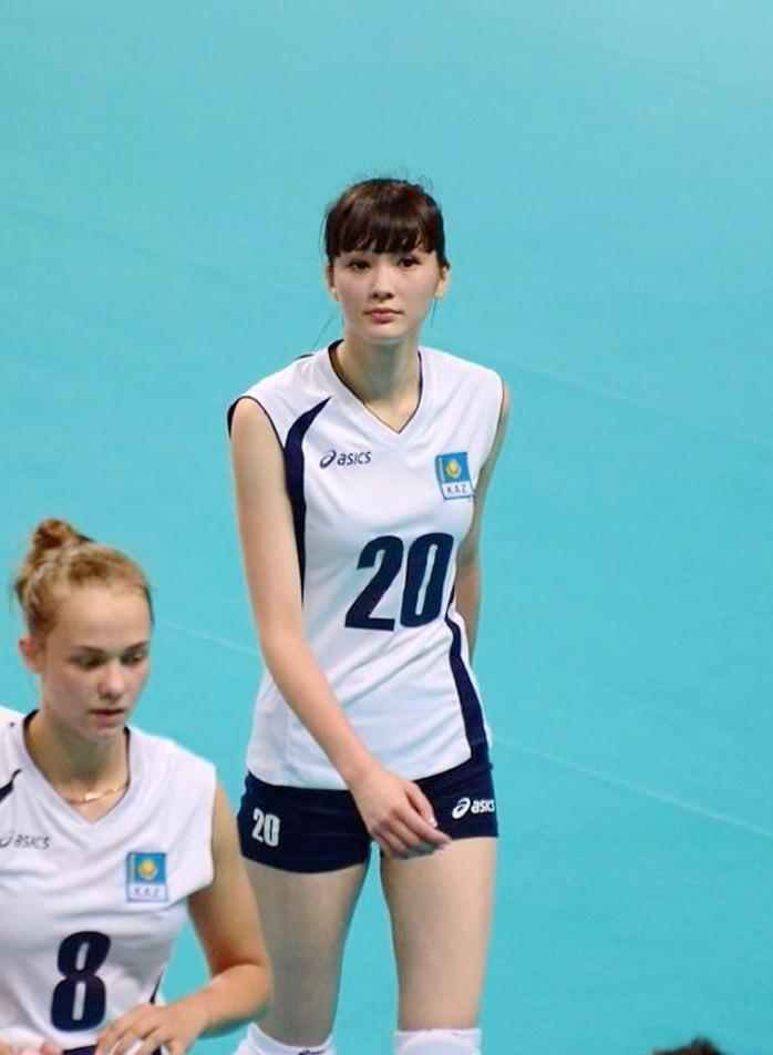 Altynbekova Sabina 06.jpg