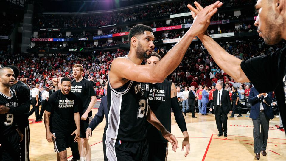 tim-duncan-block-james-harden-spurs-rockets