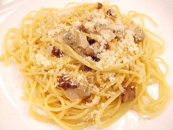 牛油蛤蜊義大利麵
