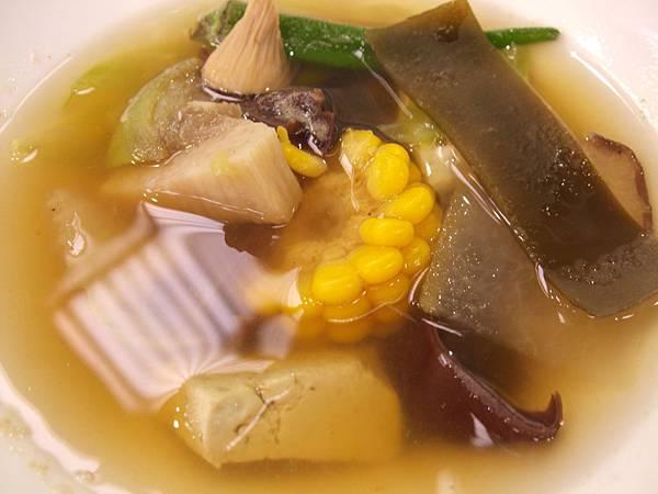 水噹噹養生蔬菜火鍋