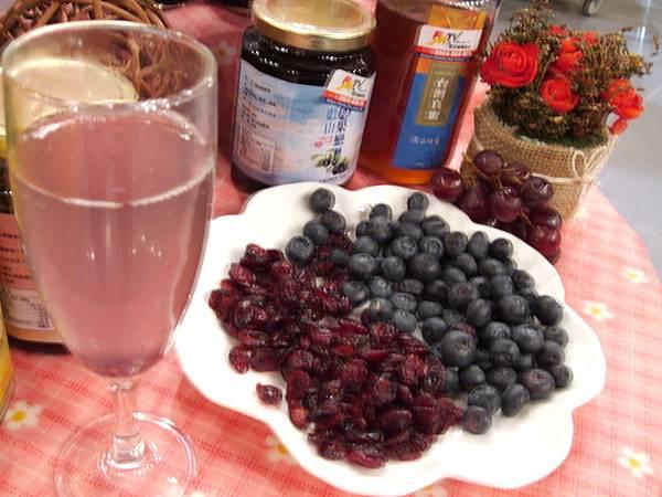 藍山莓果消暑飲