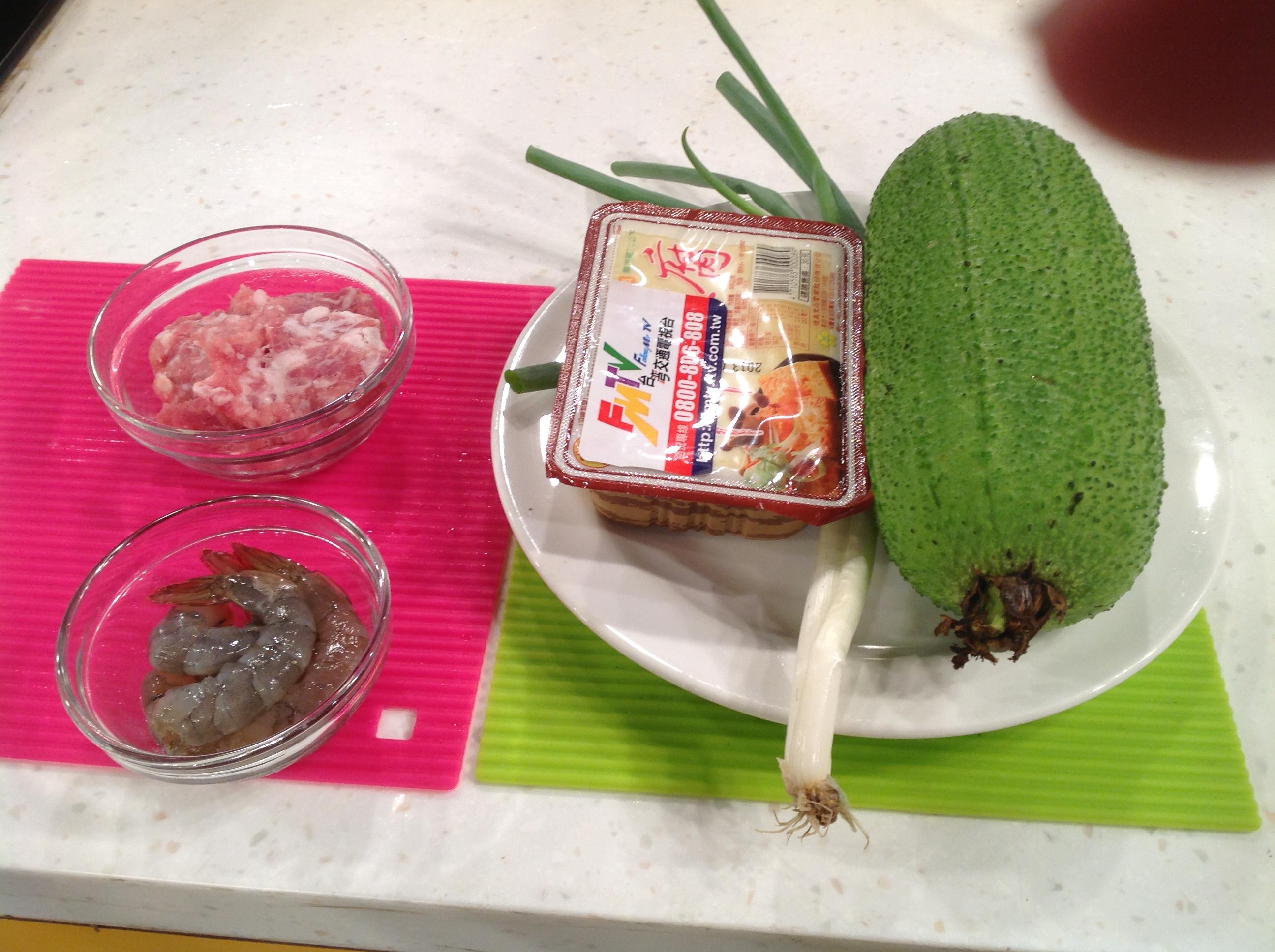 絲瓜燴豆腐材料