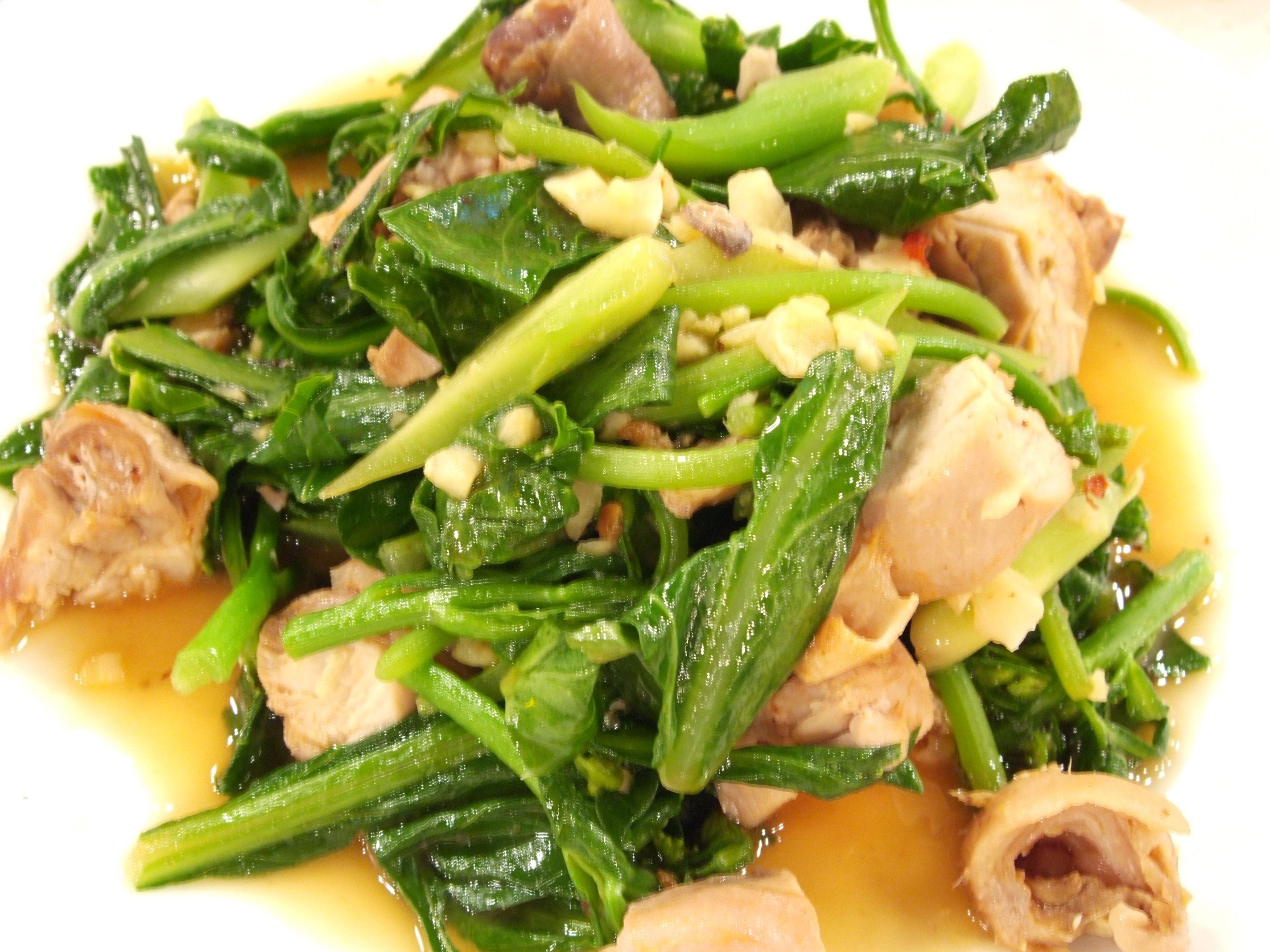香煎雞腿蠔油芥藍菜