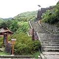 通往日本神社遺跡