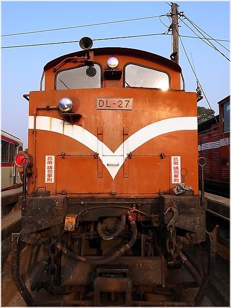 R1274066-19阿里山火車.JPG