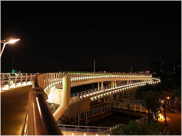 1高雄翠華橋.JPG