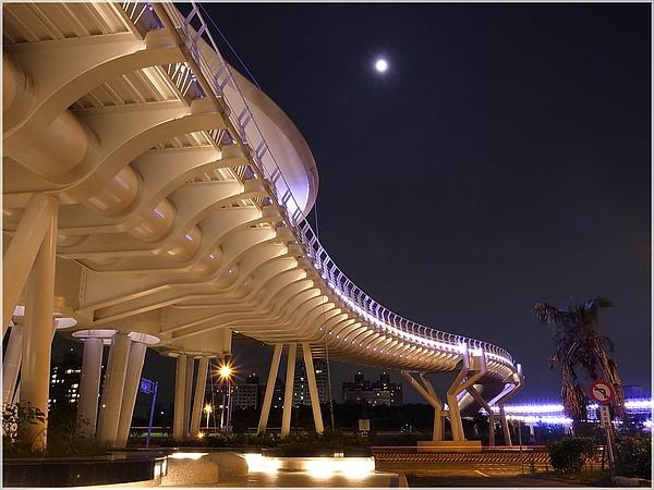 8高雄翠華橋.JPG