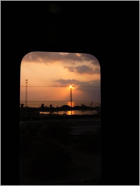 19曙光列車.JPG