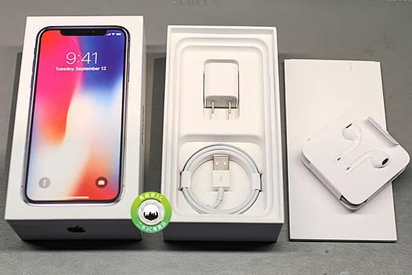 iphone X 盒裝配件