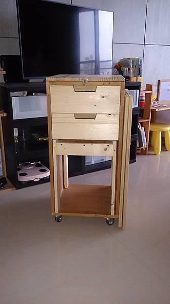 移動書桌-01.JPG