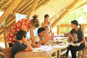 2010 0325 Green School Grend 3 30s.jpg
