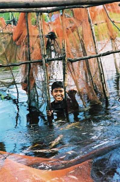 03-漂浮的世界遺址-柬埔寨的水上人家.jpg