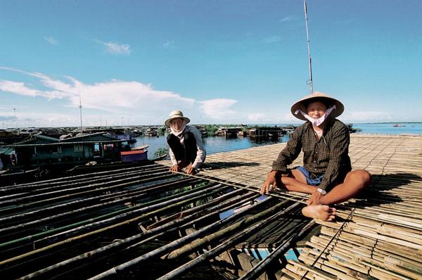 04-漂浮的世界遺址-柬埔寨的水上人家.jpg
