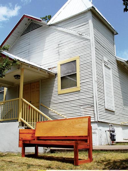 03-卡崔娜颶風後,有一群建築人….jpg