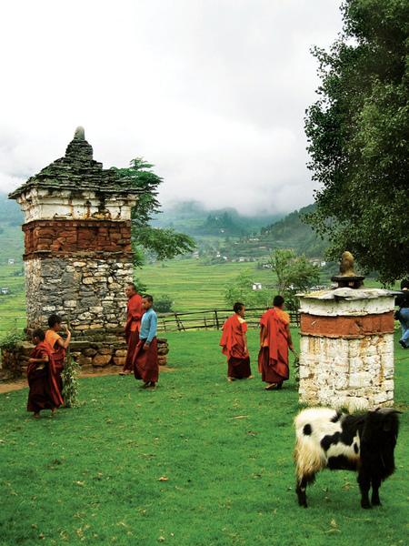 02-不丹-進步的第三條路.jpg