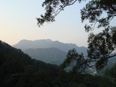 旗竿湖 7- 遠眺觀音山s.jpg