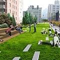 2_lawns.jpg