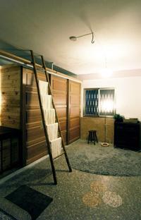 關上拉門 五樓是舒適寬敞的浴室空間s.jpg
