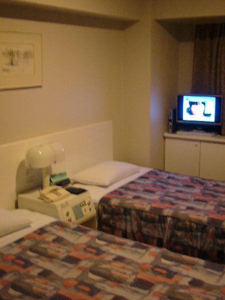 超小的房間....jpg