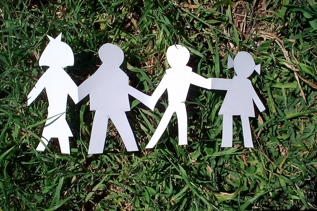 paper-family-1313628.jpg