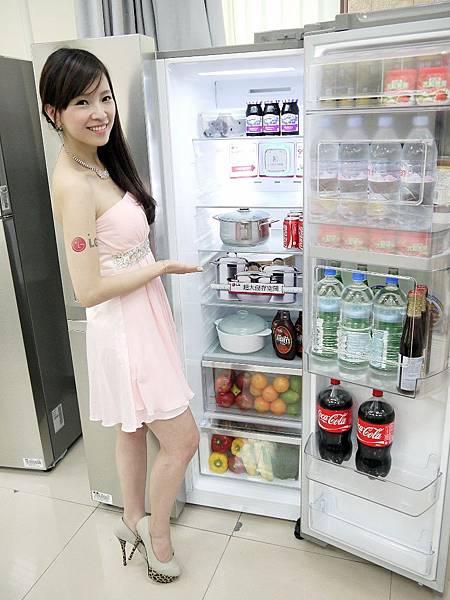LG雙開式冰箱GR-DP73S冷藏超大容量,可調式客製化層架,讓你想放什麼就放什麼(2)