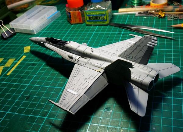 F18A-233