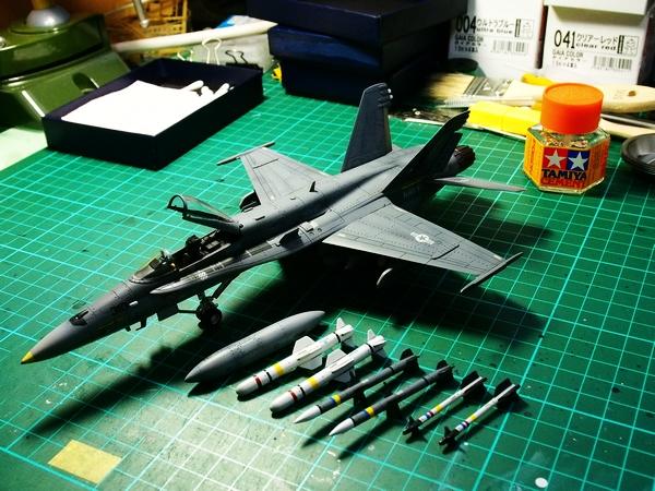 F18A-318