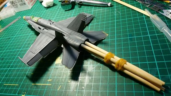 F18A-306