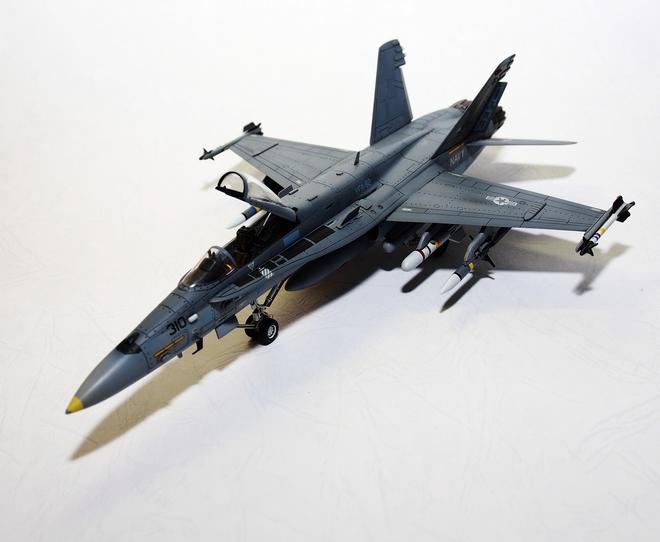 F18A-320