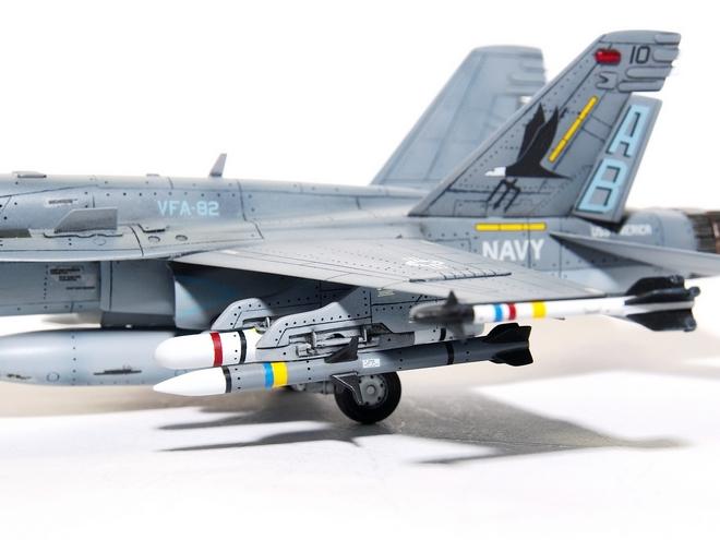 F18A-327