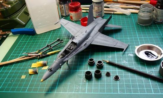 F18A-308