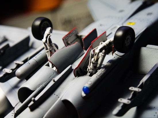 F18A-316