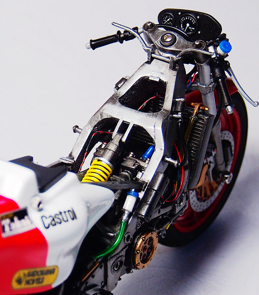 YZR500-Product_04