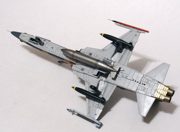 F-5F-Product_07.JPG