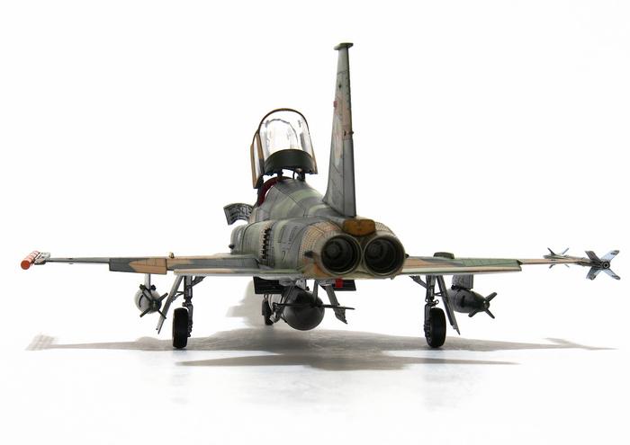 F-5F-Product_08.JPG