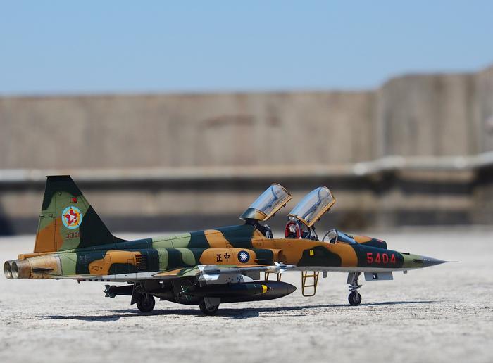 F-5F-Product_17.JPG