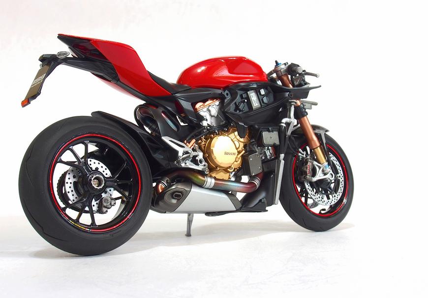 Ducati 1199S-Process_02.JPG