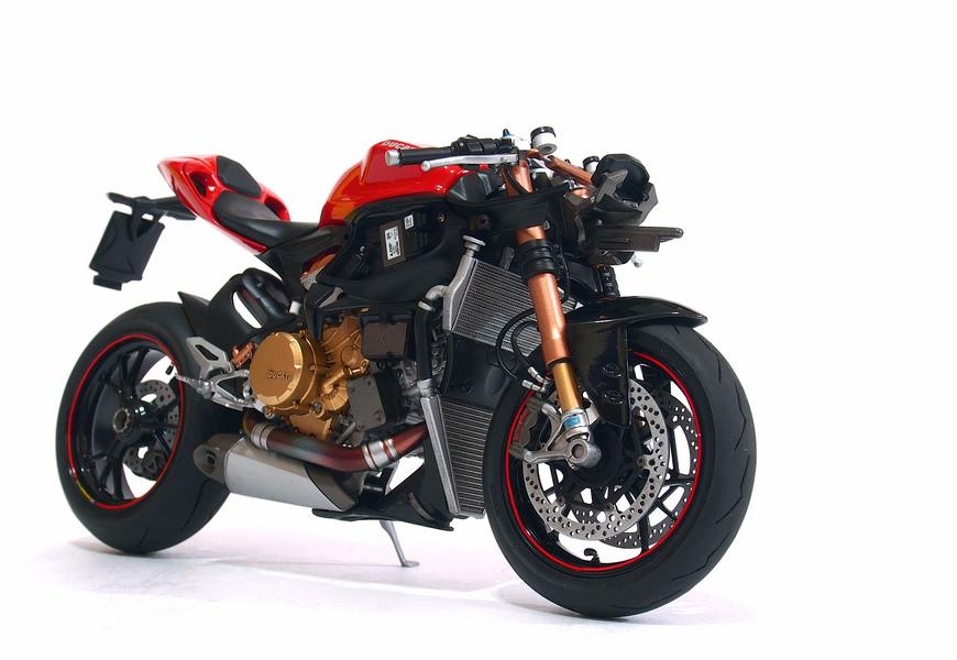 Ducati 1199S-Process_03.JPG
