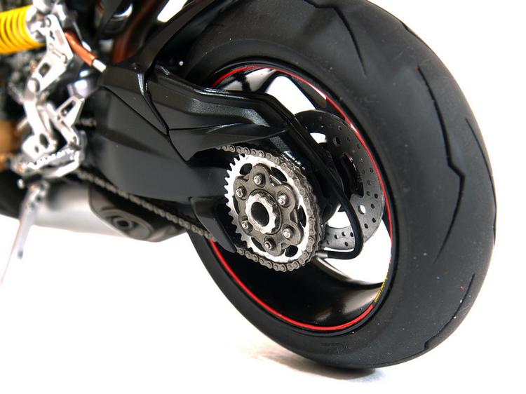 Ducati 1199S-Process_05.JPG