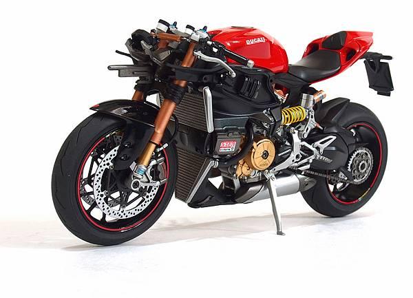 Ducati 1199S-Process_04.JPG