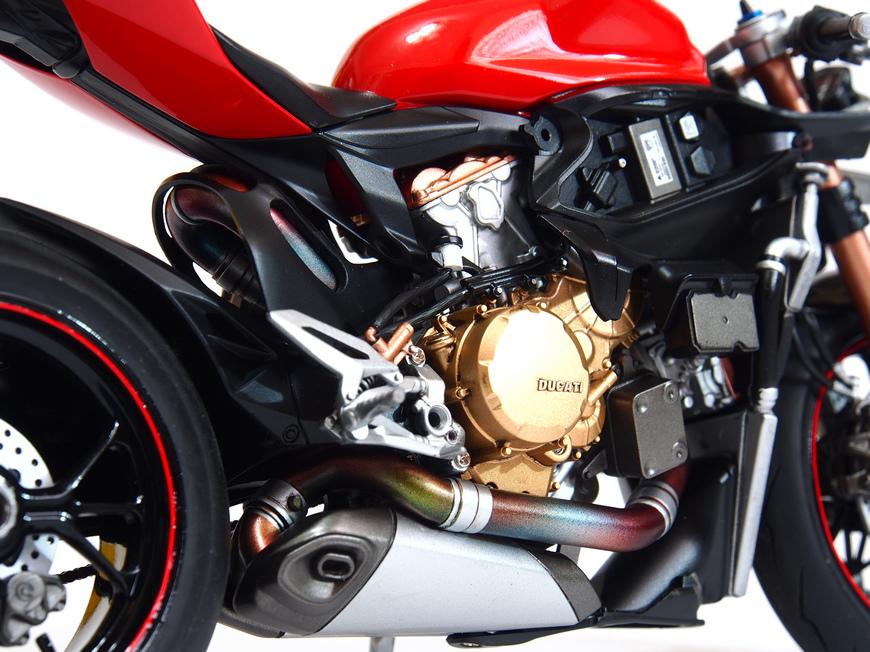 Ducati 1199S-Process_09.JPG