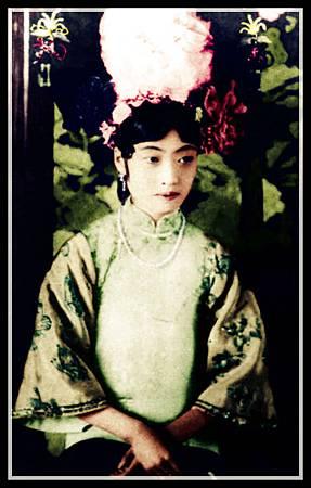 Empress_Gobele_Wan-Rong_(03)