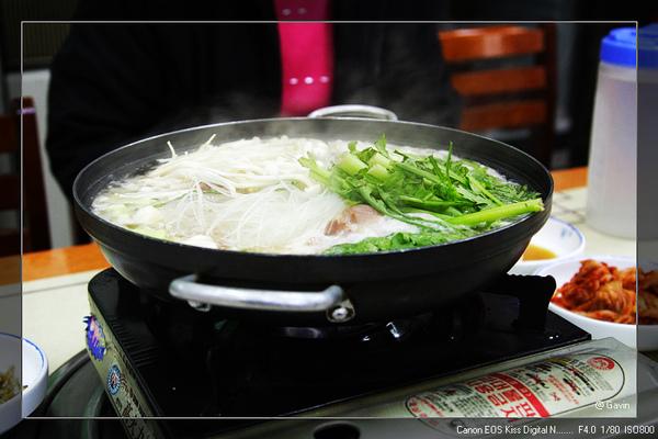 中餐哩...豬肉火鍋