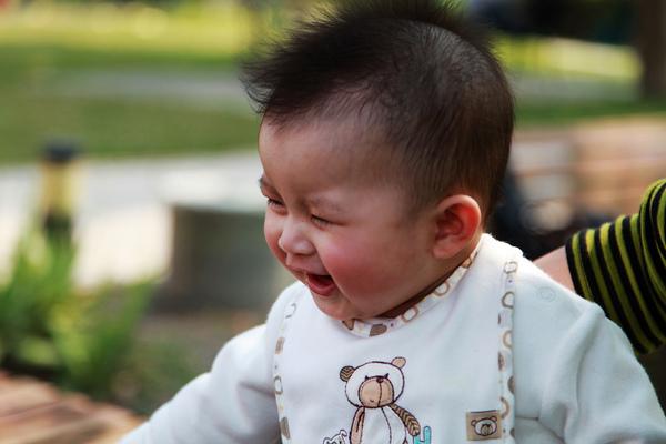 開心大笑!!!