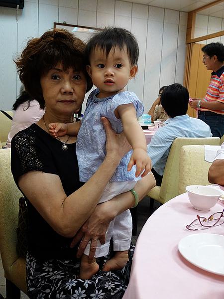 妘妘和姨媽~~