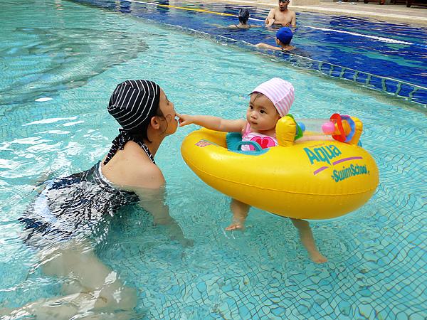 20100815_游泳囉