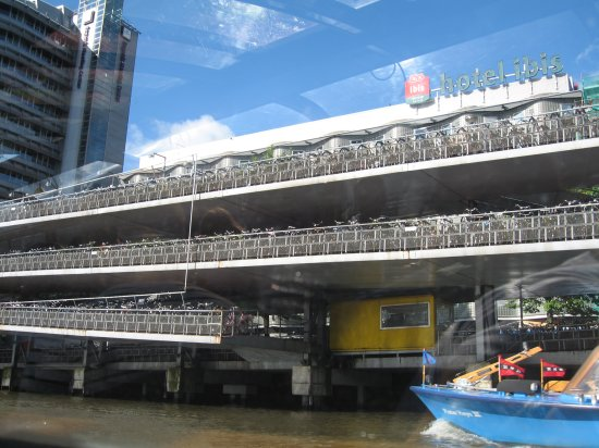 1.1220075040.bicycle-parking-garage-at-centraal-station.jpg